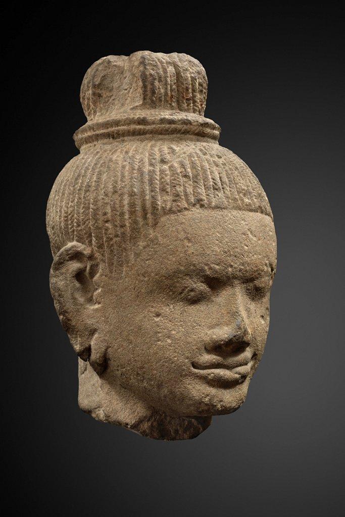 Tête de Bouddha khmer